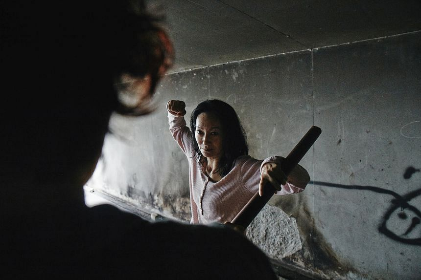 Former martial arts heroine Kara Wai plays a mother who has to rescue her kidnapped daughter.