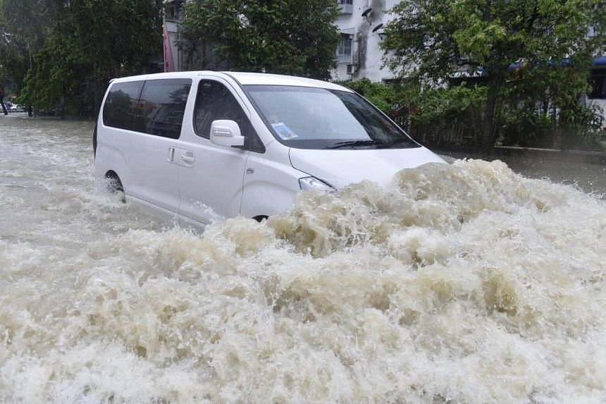 There were several landslides in the areas of Balik Pulau and Batu Ferringhi, which hampered access on some roads.