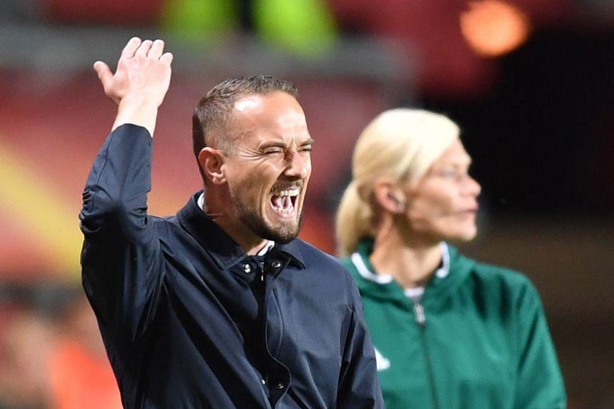 England's head coach Mark Sampson reacts during the Euro 2017 semi-final against the Netherlands, Aug 3, 2017.