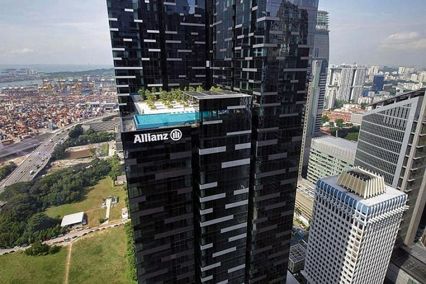 CapitaLand Commercial Trust will fork out $2.09 billion to take Asia Square Tower 2 off the hands of private equity giant BlackRock. The sale will yield $2,689 per sq ft for the building, which is 10 years into its 99-year lease.