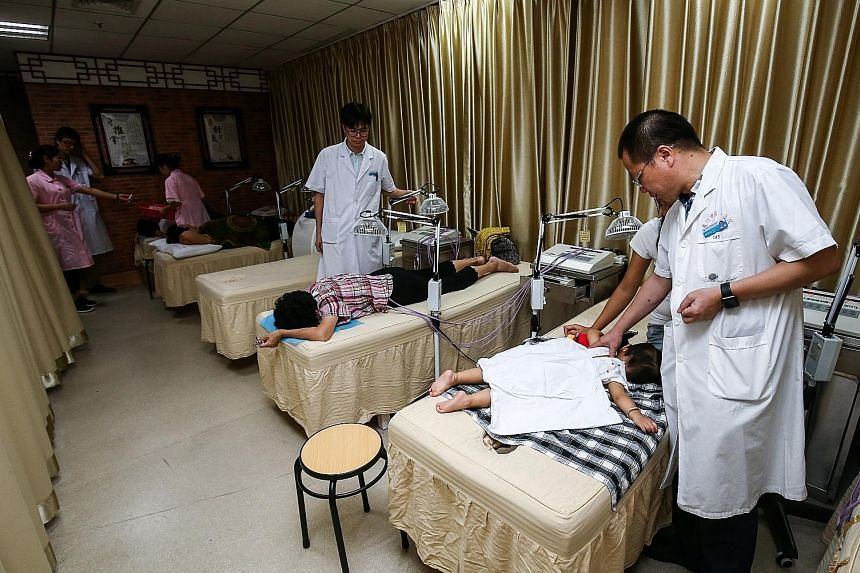 The Fujian (Xiamen)-Singapore Friendship Polyclinic, set up in 2011, offers traditional Chinese medicine treatments such as cupping and acupuncture. Prime Minister Lee Hsien Loong visited the clinic yesterday.