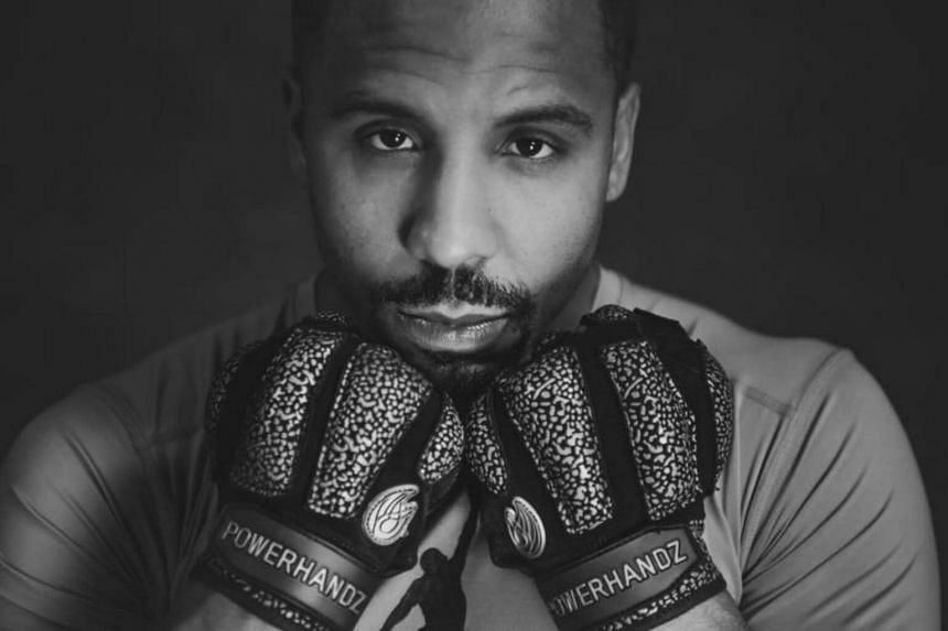 Andre Ward, who won the gold medal at the 2004 Olympics, earned a career professional record of 32-0, including 16 wins by knockout.