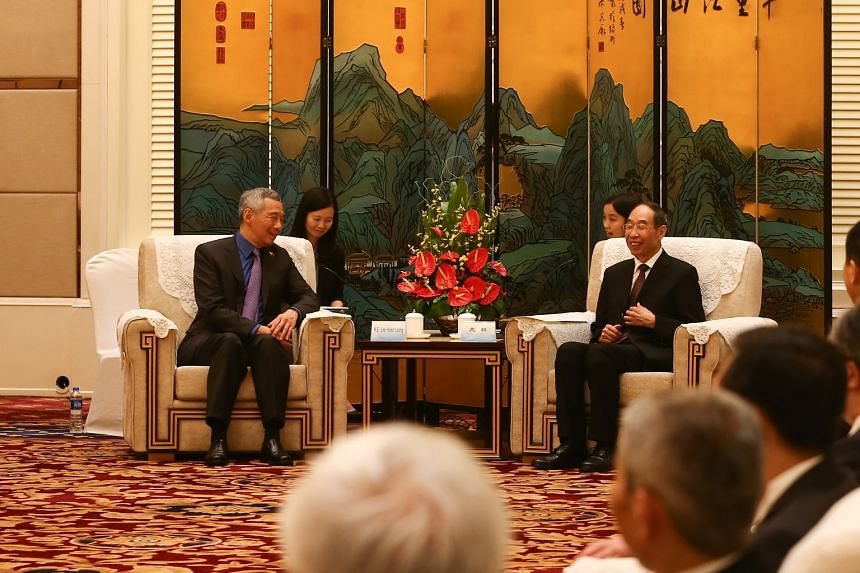 Prime Minister Lee Hsien Loong meeting Fujian party secretary You Quan. Mr You said the visit will further ties between China and Singapore.