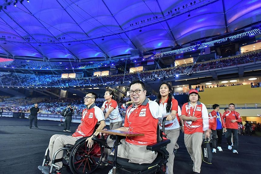 Para-table tennis player Jason Chee at the Asean Para Games closing ceremony. The 34-year-old beat Thai paddler Thirayu Chueawong on Friday to secure gold.