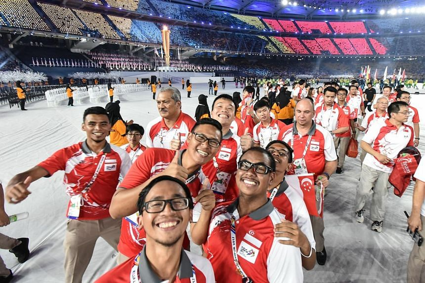 Singapore's para-athletes at the APG Closing Ceremony last night, They had a bountiful harvest of 50 medals (nine gold, 17 silver and 24 bronze).