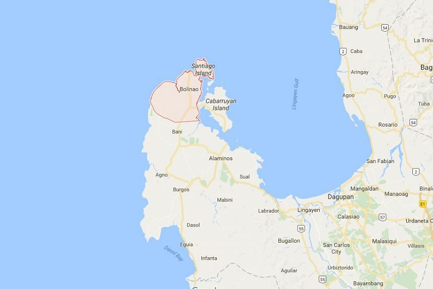 A Philippine patrol ship pursued six Vietnamese fishing boats 30 nautical miles off the northern coastal town of Bolinao, a regional military spokesman told AFP.