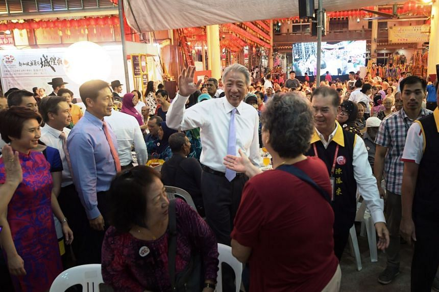 Deputy Prime Minister Teo Chee Hean arriving at Lorong Koo Chye Seng Templie in Paya Lebar for its 100th anniversary dinner on Tuesday, Sept 26, 2017.