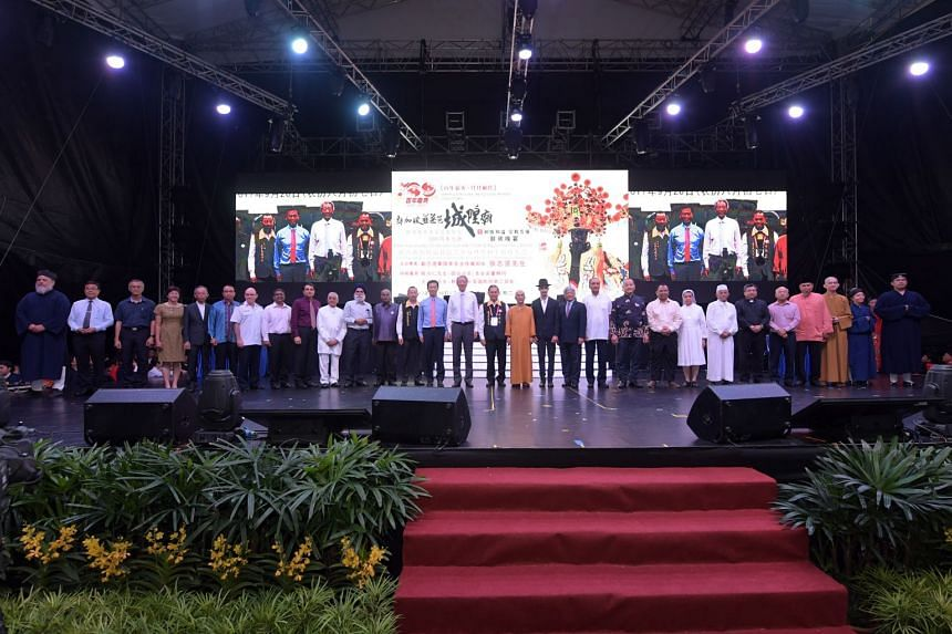 Deputy Prime Minsiter Teo Chee Hean (centre) urged Singaporeans from all communities to give their support to Madam Halimah Yacob, Singapore's first Malay president in 47 years.
