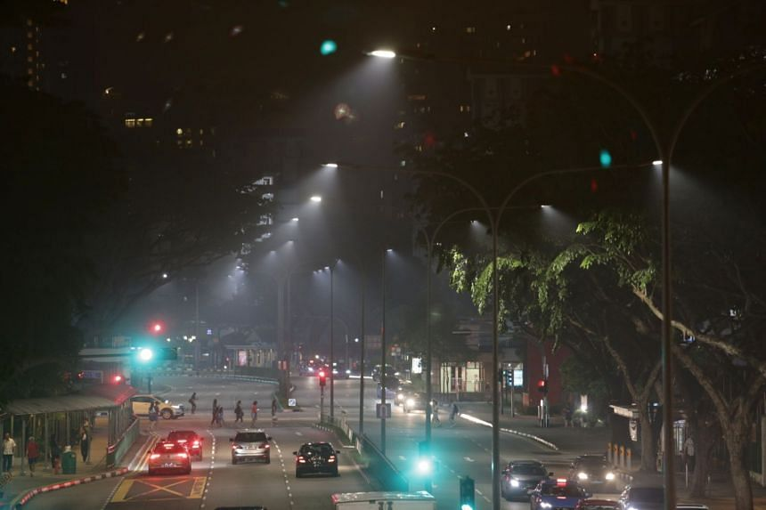 The slightly smoky conditions could be seen at Toa Payoh Lorong 1 at 8.30pm on Monday (Sept 25).