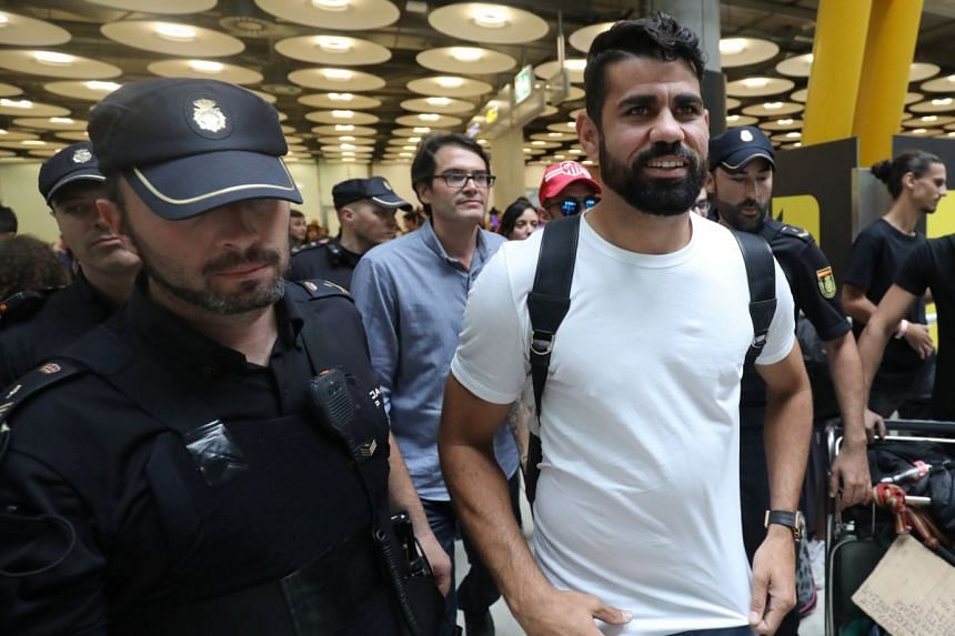 Costa arriving in Madrid on Sept 22, 2017.