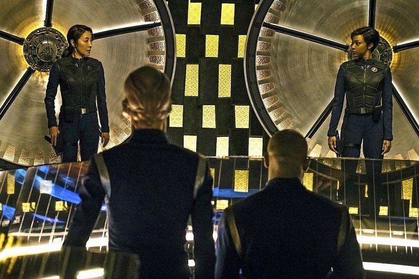 Michelle Yeoh (far left) and Sonequa Martin-Green in Star Trek: Discovery.