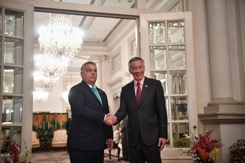 Prime Minister of Hungary Viktor Orban with Singapore Prime Minister Lee Hsien Loong at the Istana.