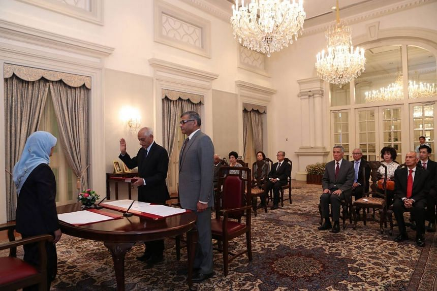 Mr J Y Pillay (second from left) being sworn in as the chairman of the Council of Presidential Advisers on Sept 28, 2017.