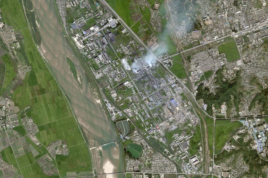A suspected production site for an advanced rocket fuel known as UDMH in Hamhung, North Korea. The kidney-shaped ponds near the bottom of the image appear designed to hold large amounts of wastewater, consistent with UDMH production.