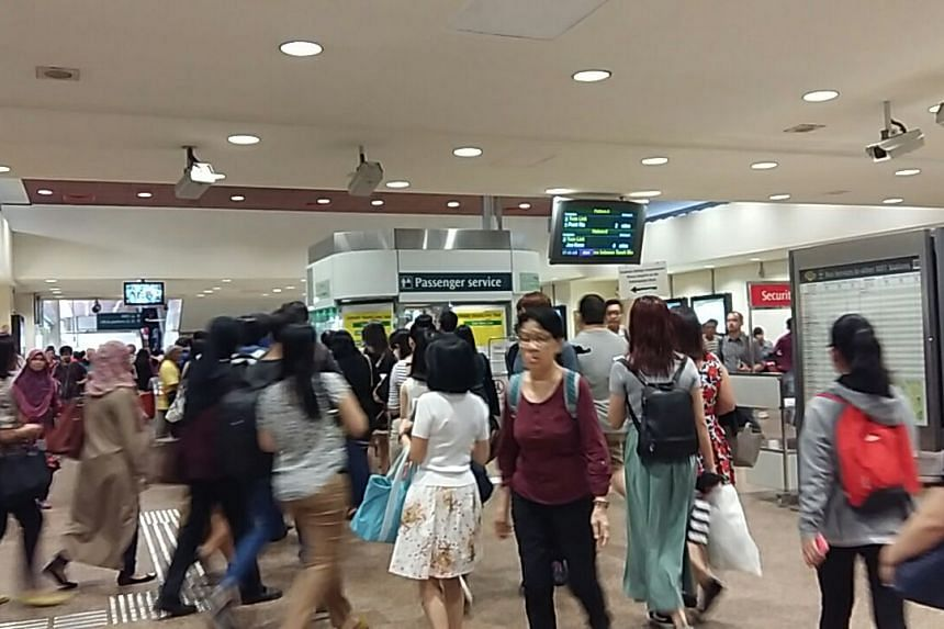 The crowd at Tampines MRT at 7.45am on Sept 28, 2017.