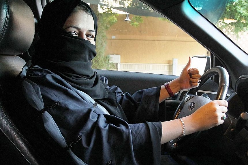 A decree permitting Saudi women to drive from next year was announced on Tuesday.