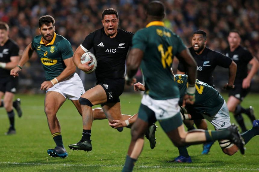 New Zealand's Anton Lienert-Brown runs through the South African defence during the All Blacks' 57-0 thrashing of the Springboks on Sept 16, 2017. New Zealand coach Steve Hansen will be hoping for a similar performance when they take on Argentina in
