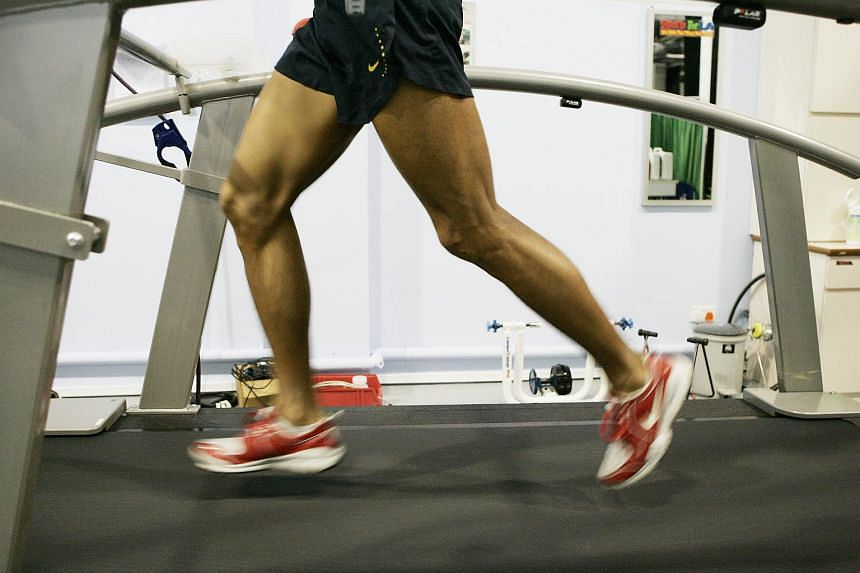 Most knee injuries, like patellofemoral pain syndrome (or runner's knee), can be treated without surgery.