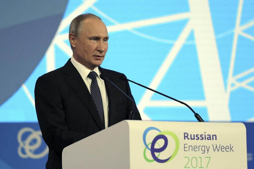 Speaking at an energy forum in Moscow, Putin said presidential hopefuls would have to announce their decision to run in late November or early December.