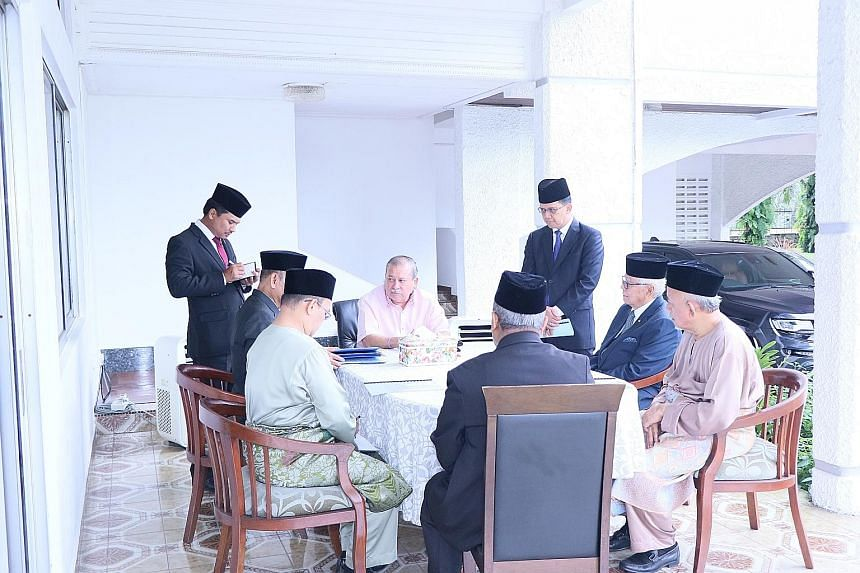 Sultan Ibrahim Sultan Iskandar with Johor state officials, including Menteri Besar Mohamed Khaled Nordin, at the first of the Wednesday meetings he has ordered to discuss affairs of the state.