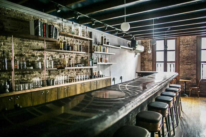 Amoy Street bar Native at No.47 focuses on regionally-sourced spirits and foraged ingredients.