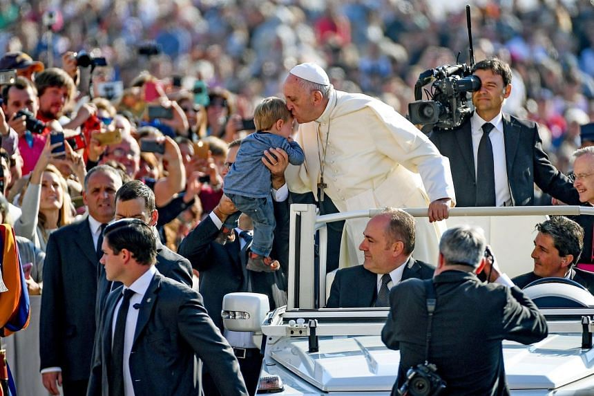 Pope Francis during the general audience in Saint Peter's Square at the Vatican, Oct 4, 2017.