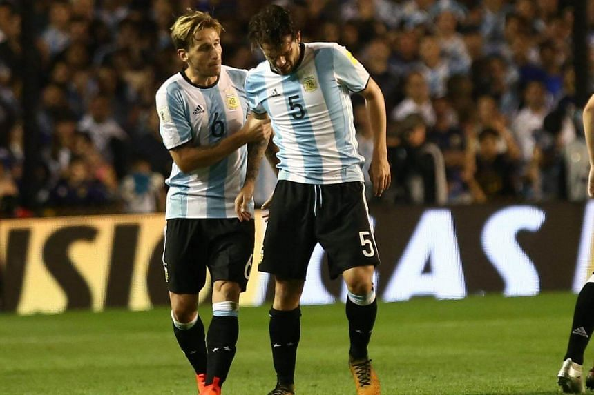 Midfielder Fernando Gago replaced Ever Banega an hour into the game, but was forced off within 10 minutes after twisting his knee and had to be replaced by Enzo Perez.