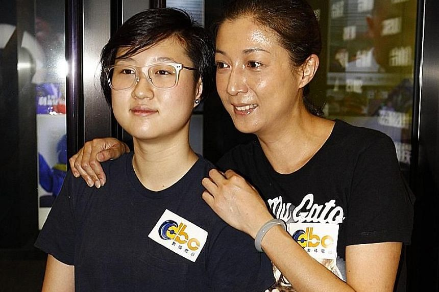 Etta Ng (left) and her mother Elaine Ng in a file photo.