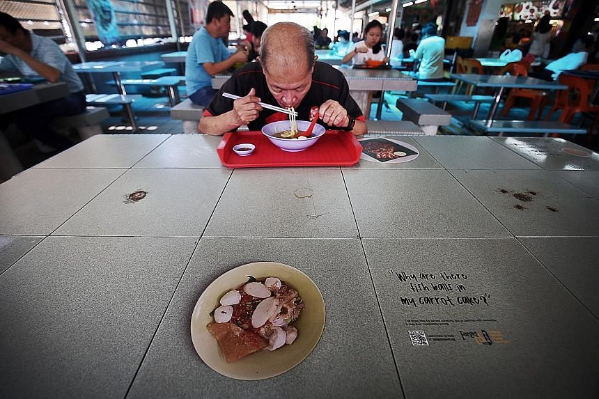 At Kim San Leng Food Centre at Block 511, Bishan Street 13, some stallholders are given a dementia checklist. The list explains what to look out for, and advises stallholders to be polite and to let suspected dementia sufferers take their time instea