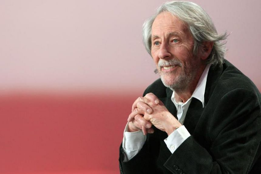 Jean Rochefort was cast to play Don Quixote in 1998 by the former Monty Python member Terry Gilliam.