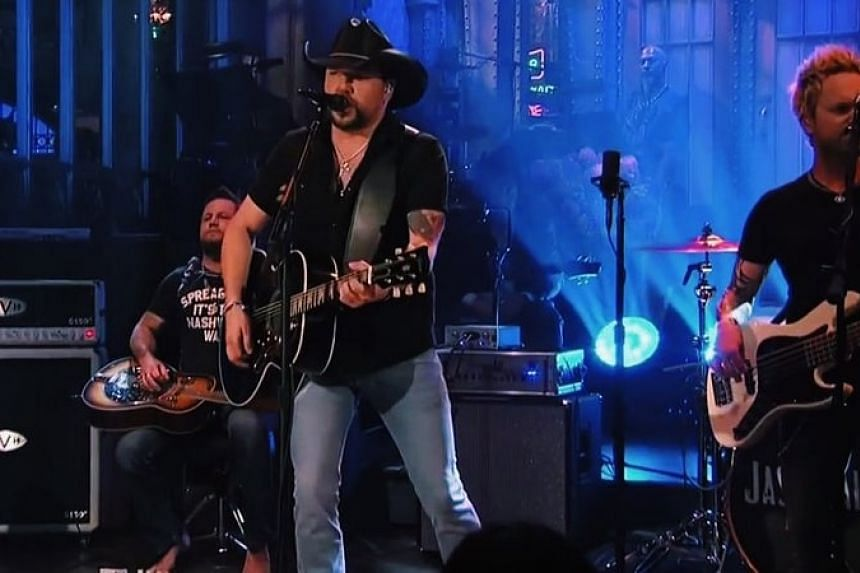 Country singer Jason Aldean performs Tom Petty's I Won't Back Down to open Saturday Night Live on Oct 7, 2017.