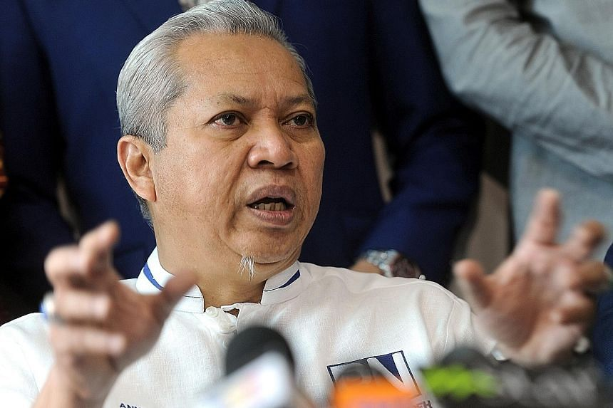 Tan Sri Annuar Musa says an Umno-PAS pact will be backed by many Malays who are concerned about Malay unity.