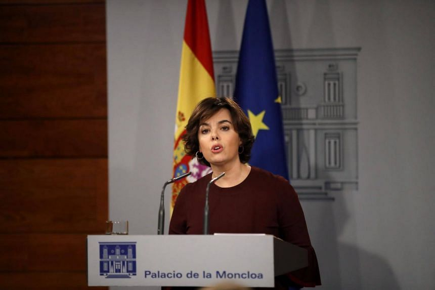 "Spanish Vice-President Soraya Saenz de Santamara said Catalan leader Carles Puigdemont ""doesn't know where he is, where he's going or with whom he wants to go""."