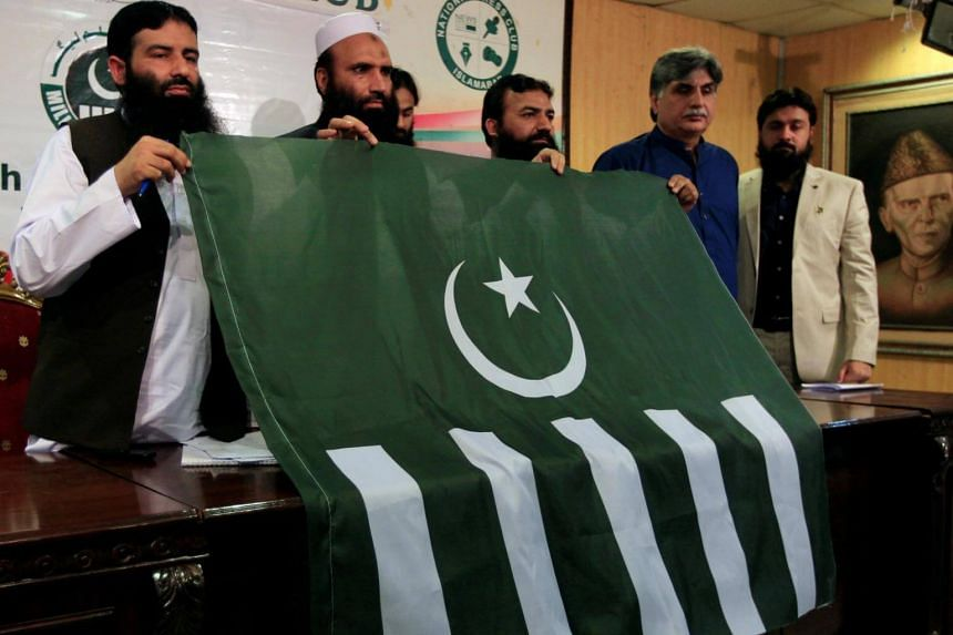 Milli Muslim League president Saifullah Khalid (second from left) said they will challenge the decision.