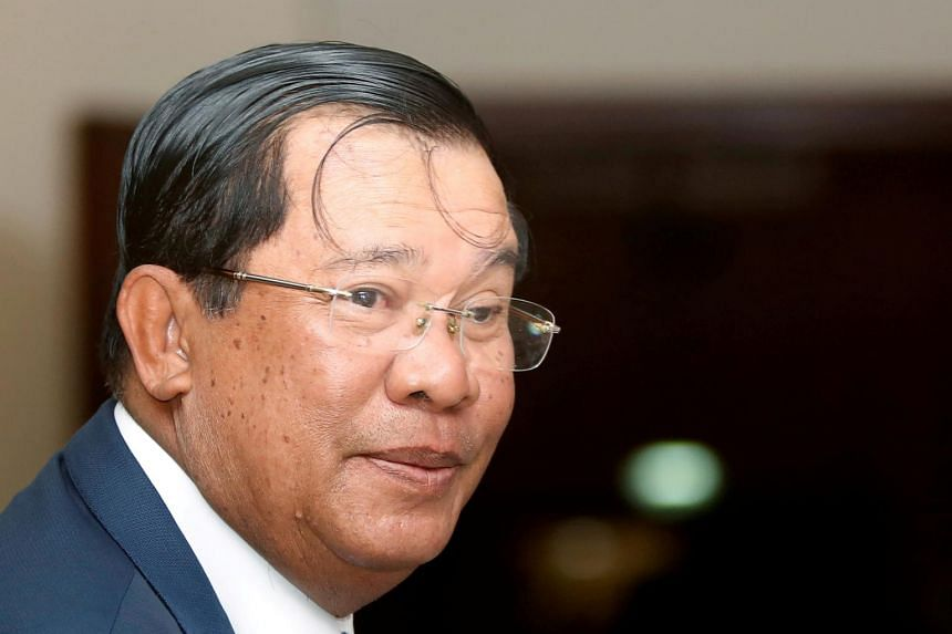 Cambodian Prime Minister Hun Sen said the US showed no respect for human rights when it dropped bombs in Cambodia during the Vietnam War.