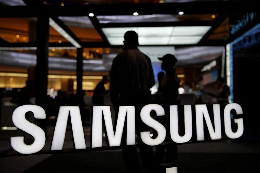 Samsung's July-September operating profit is expected to rise to 14.3 trillion won (S$17.09 billion), according to a Thomson Reuters survey of 19 analysts.