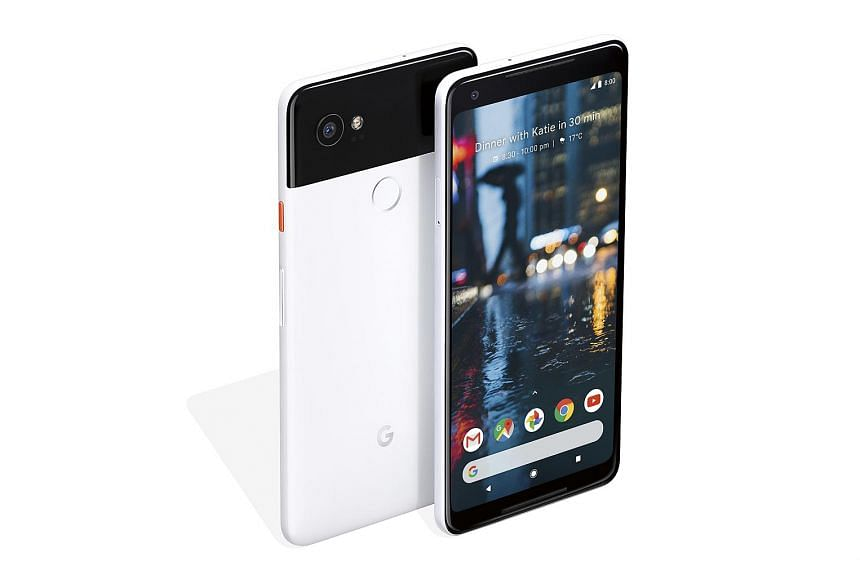 The metal build of the Pixel 2 XL and the smaller Pixel 2 means that the smartphones do not support wireless charging.