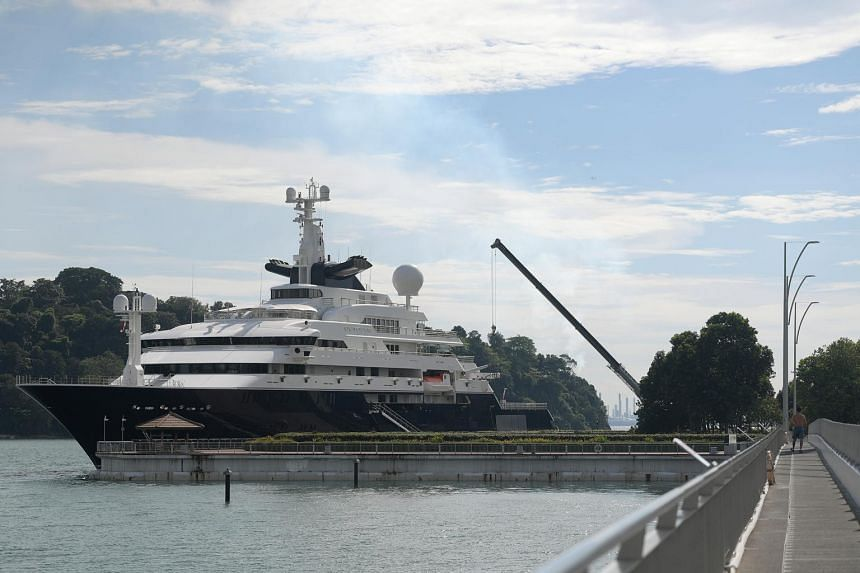 A mega-yacht belonging to Microsoft's co-founder, billionaire Paul Allen, has docked in Singapore waters at the Keppel Marina.