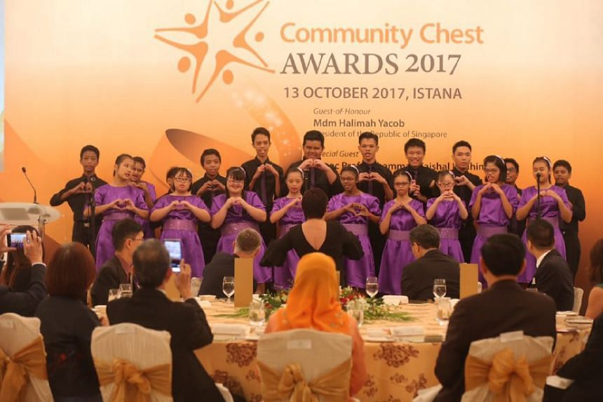 Minds Lee Kong Chian Gardens School Choir performing at Community Chest Awards at the Istana.