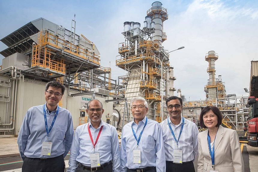 (From left) Singapore Refinery technical manager Lai Man Wai, Environment and Water Resources Minister Masagos Zulkifli, ExxonMobil Asia Pacific chairman and managing director Gan Seow Kee, Singapore Jurong Cogeneration project executive Moiz Husain