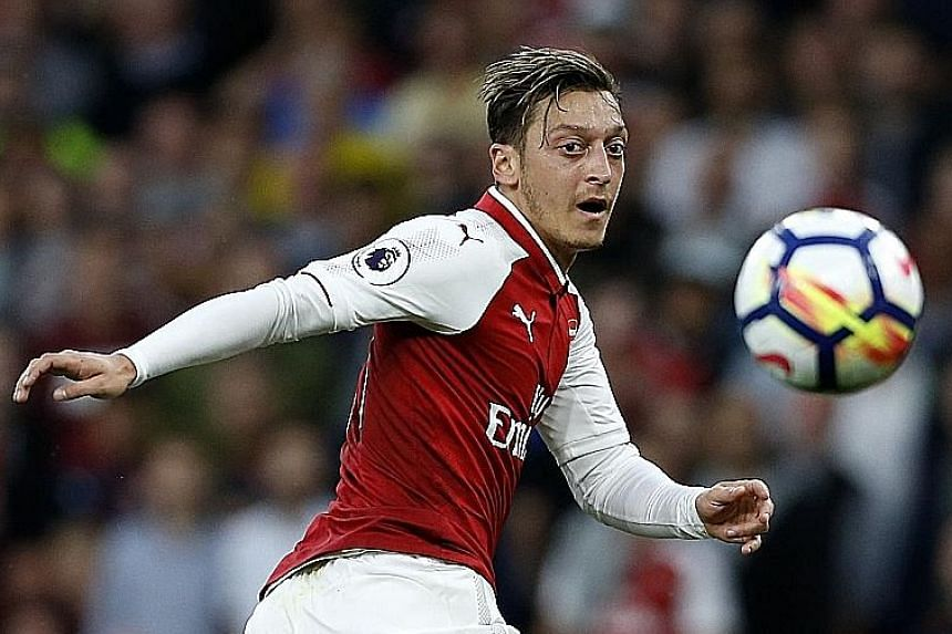 While Mesut Ozil's agent has said that contract talks with Arsenal are progressing positively, Arsene Wenger has pointed out that the German and Alexis Sanchez might leave the club in January.