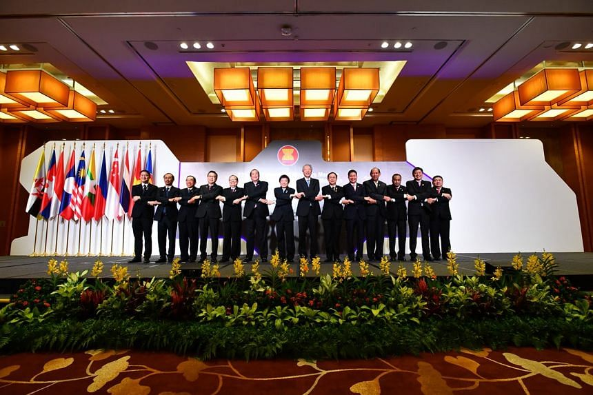 Photo-taking session with ATM Leaders and Deputy Secretary-General of Asean Secretariat.