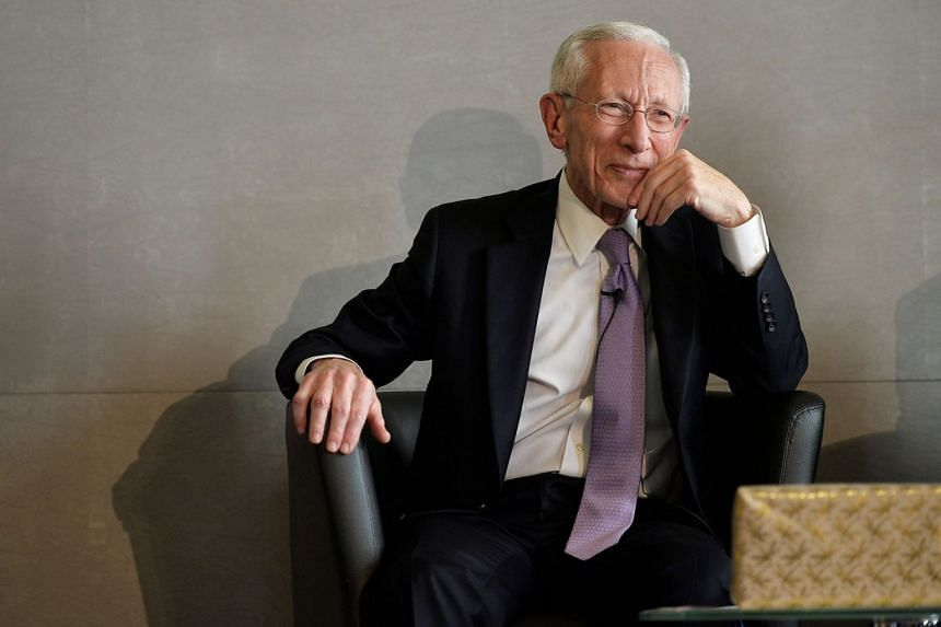 "Janet Yellen is a ""safe pair of hands"", says Fischer (above)."
