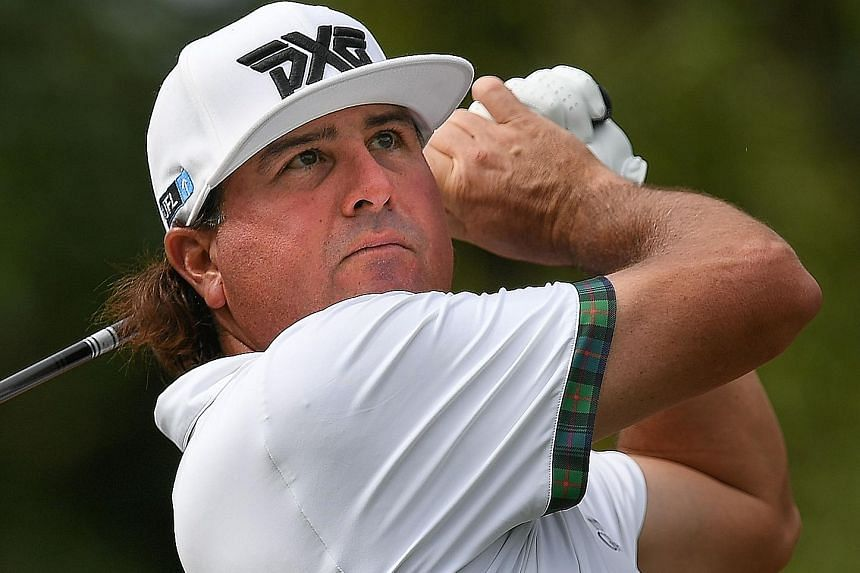 Pat Perez, who broke a seven-year drought at the OHL Classic in Mexico last November, is on a 21-under total of 195.
