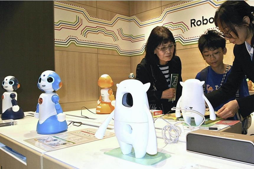 Among 22 products on display are the Sota robot, which users can enjoy chatting with; Musio X, which can engage in English conversation; and Laundroid, a laundry-folding robot.