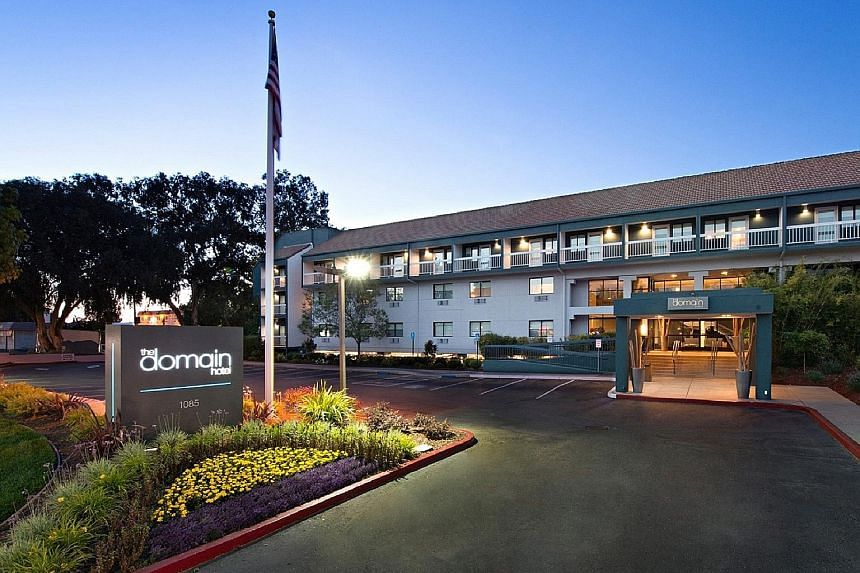 The Domain Hotel (below right), which has 136 rooms (right), is situated in Sunnyvale's primary thoroughfare, El Camino Real, that leads to San Francisco City and San Jose. Companies and start-ups in that location include Apple, Google, Amazon, Adobe