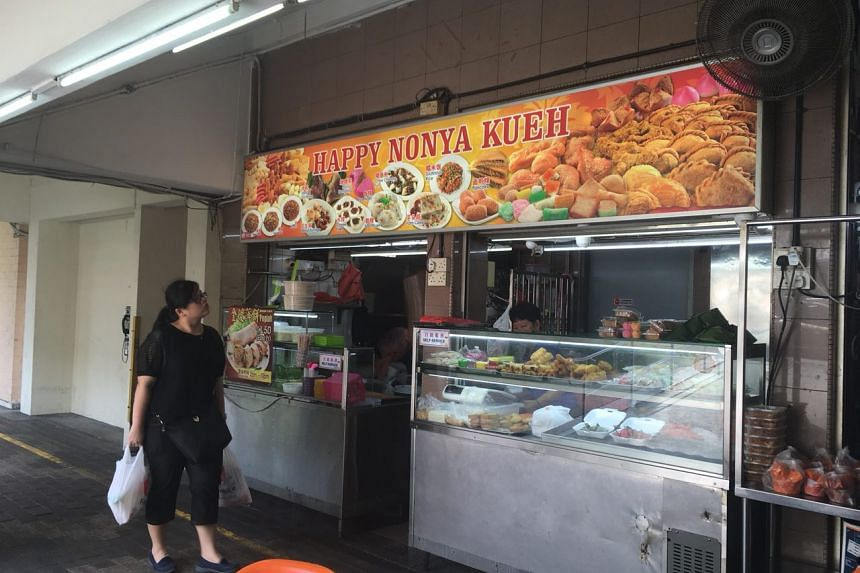 The nonya kueh stall at the popular Kim San Leng Food Centre in Bishan will start its suspension on Saturday (Oct 21).