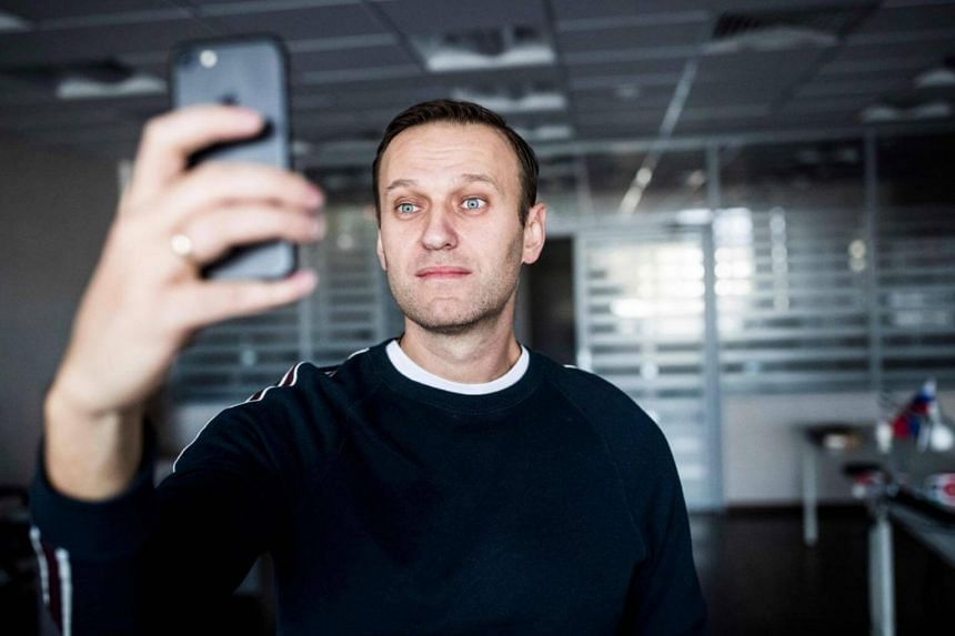 Russian opposition leader Alexei Navalny shortly after being released in Moscow on Oct 22, 2017.