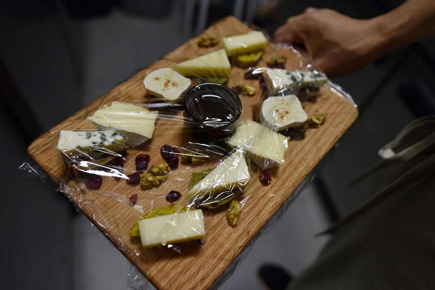 China reversed a ban on mould-ripened cheeses, allowing imports of Camembert, Brie and Roquefort, European Union officials said on Monday (Oct 23).