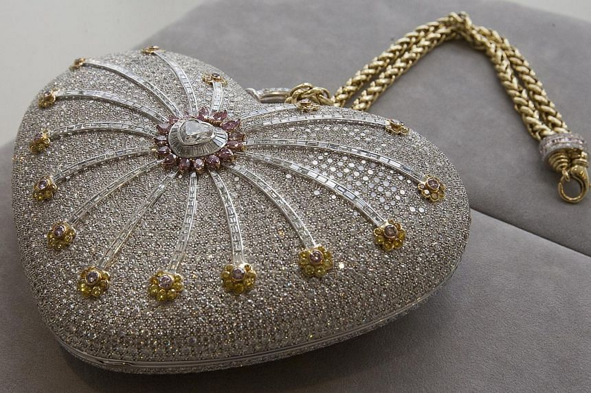 The Mouawad 1001 Nights Diamond Purse holds the Guinness World Record for being the most valuable handbag ever produced, with an original price of US$3.8 million in 2010.